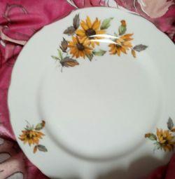 Plates Japan