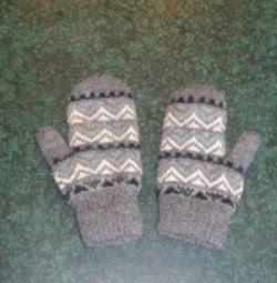 Two pairs of mittens
