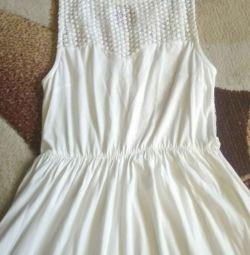 Φόρεμα p.40-44 στο μπατόν και όχι μόνο