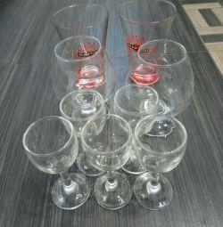 Un set de pahare de vin, un pahar de pahare de vin