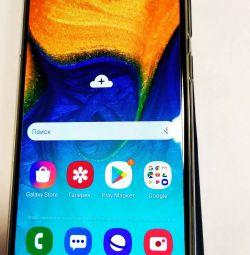 Телефон Samsung a30