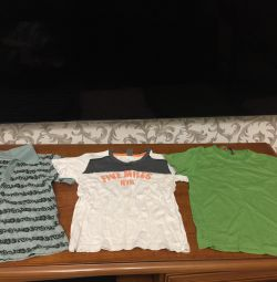 T-shirts for 3-4 years