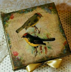 Jewelry box holiday gift vintage