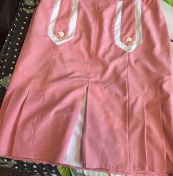 Women's clothing (costume)