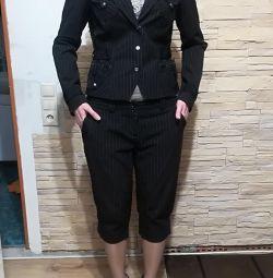 Костюм бриджи -пиджак Турция Новый!