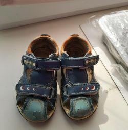 Sandaletler 23 s