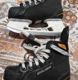 Παπούτσια χόκεϊ BAUER SUPREME
