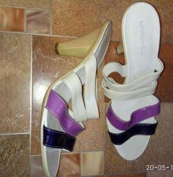 Sandals r. 38