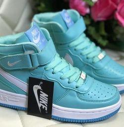 Çapraz ayakkabı