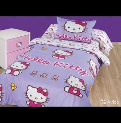 Hello kitti ile yatak örtüleri