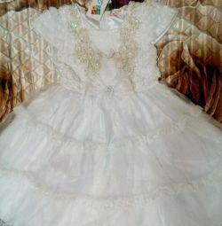 Новое красивое платье р 122-134