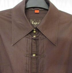 Blouse p. 46 manufactured in Germany