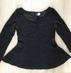 Lacy sweatshirt with basque
