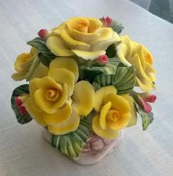Статуэтка букет роз