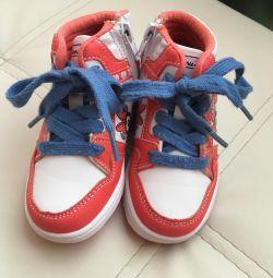 Baby kroky mickey