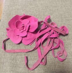 Кожаный ремень роза