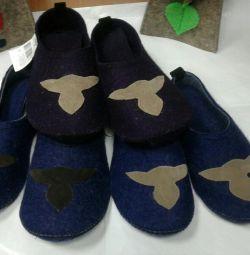 Πιπίλα παπούτσια με τακούνι