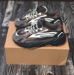 Ανδρικά παπούτσια Adidas Yeezy Boost 700 V2