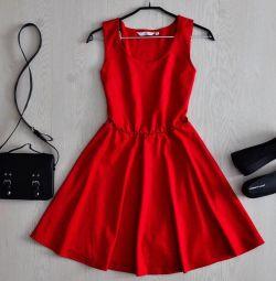 Φόρεμα νέα εμφάνιση