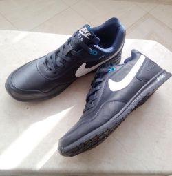 Αντρικά παπούτσια Nike 43.44
