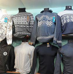 Πουλόβερ και πουλόβερ για άντρες