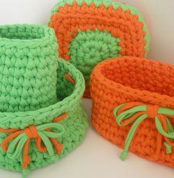 Coșuri din tricotaj din fire