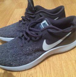 Nike Bayan Spor Ayakkabı Yeni