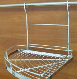 Corner shelf for railing