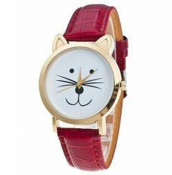 Часы напучные кошка красные новые