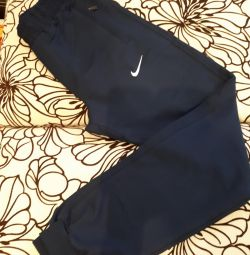 Pantaloni sport noi Nike size S