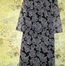 Κομψό φόρεμα 46 μέγεθος.