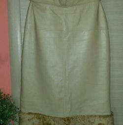 Δερμάτινη φούστα μολυβιού