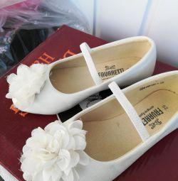 Pantofi de prințesă