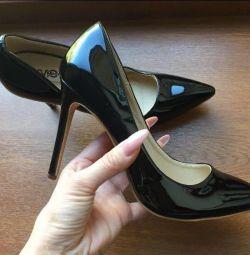Pompe Stilettos