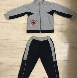 Track suit for a boy of 2-3 years old