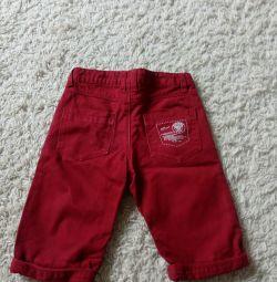 Παντελόνια για ένα αγόρι (4-6) ετών