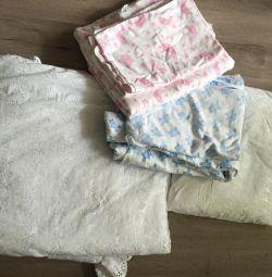 Одеяло,подушка ,постельное белье