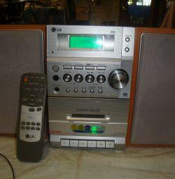 Mini Music Center LG - LX-M140D - AUX