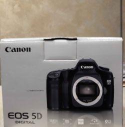 Camera canon eos 5D