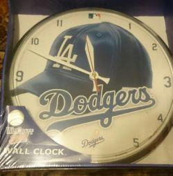 Часы настенные новые из США, LA Dodgers