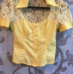 Блузка нарядная гипюр