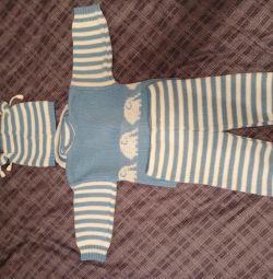 Κοστούμι για ένα μπλε και άσπρο αγόρι από 0 έως 6 μήνες