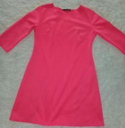 φόρεμα φωτεινό ροζ
