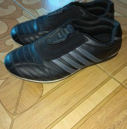 Sneakers 23.5 cm