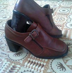 Pantofi pentru femei dimensiune 38