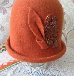 Χειμερινό καπέλο γυναικών