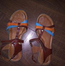 Pantofi pentru fete, piele autentică.