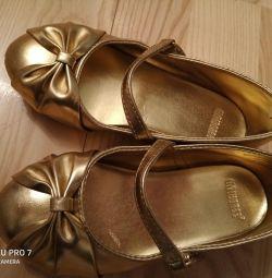 Χρυσά παπούτσια Gymboree