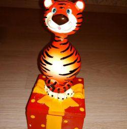 Κασετίνα νέα τίγρη