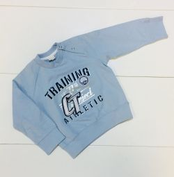 New Stylish sweatshirt Italy